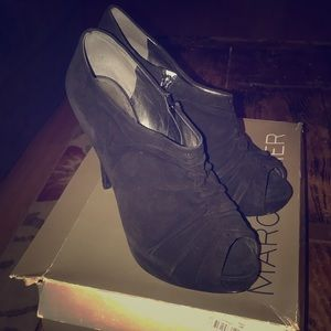 Marc Fisher black suede size 10